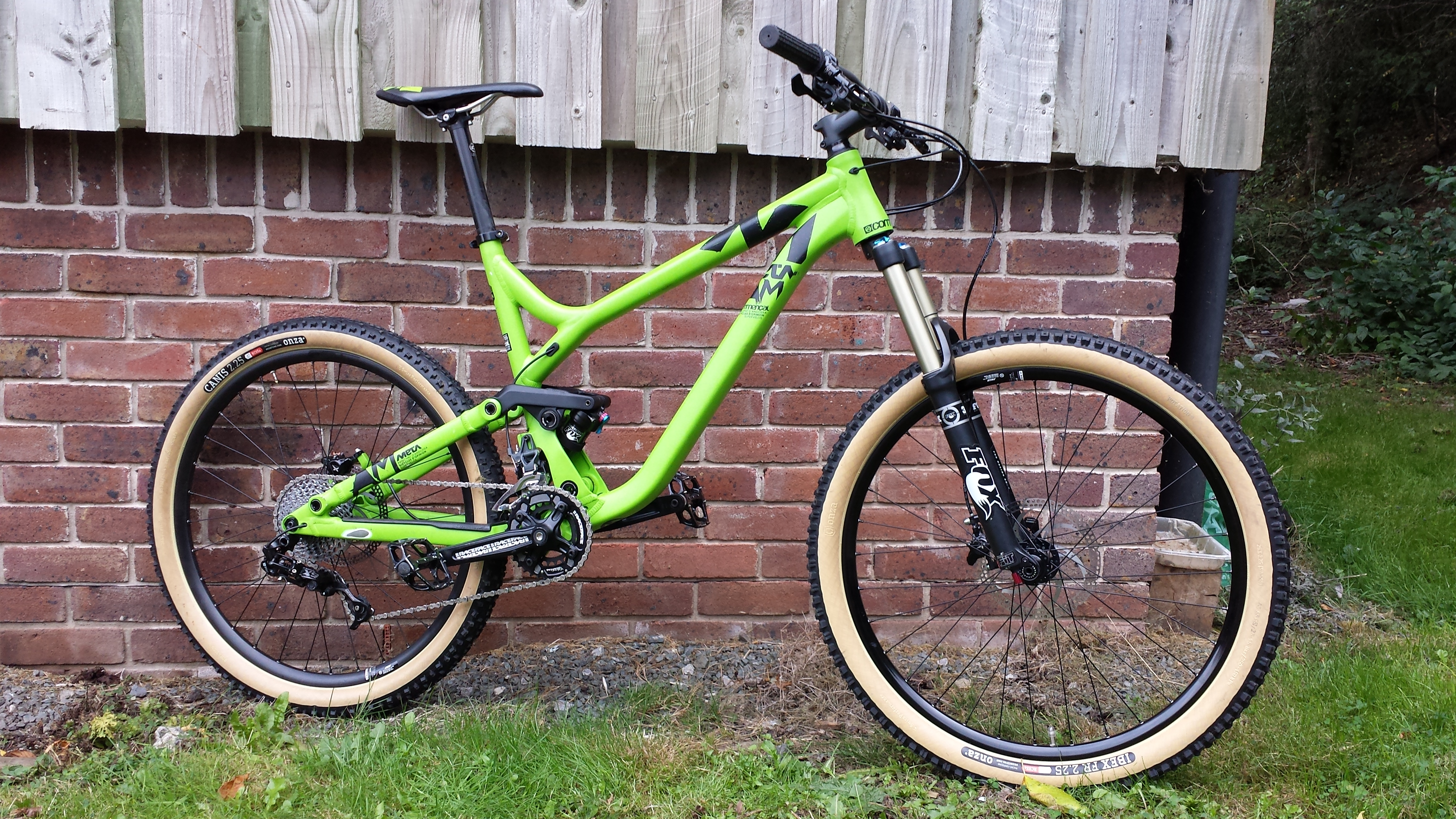Commencal Meta AM2 ex-demo model
