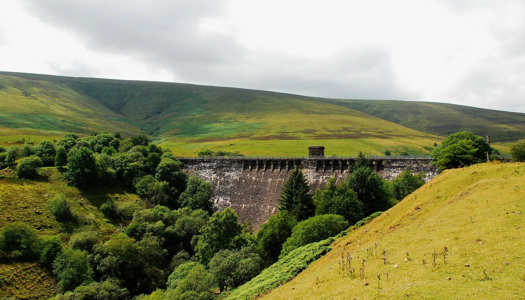 Grwyne Fawr reservoir pic